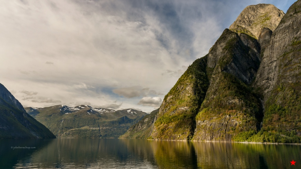 mooie lucht en bergen