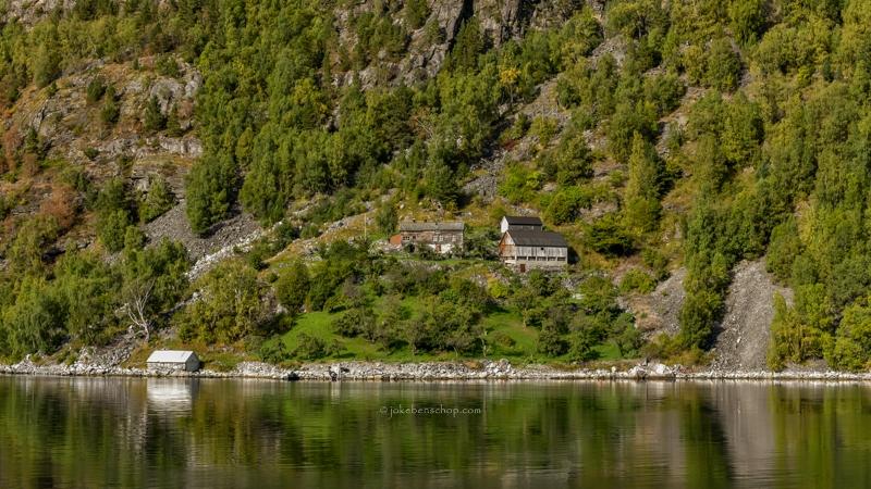 Boerderij langs het Geirangerfjord.