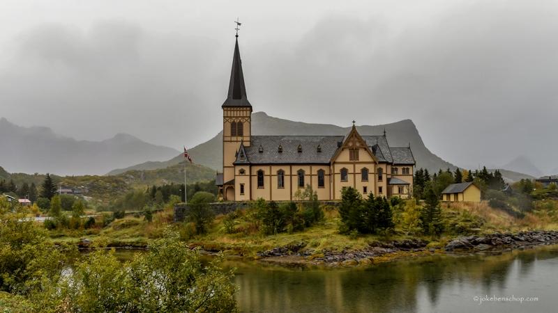 Houten Kathedraal in Kabelvåg
