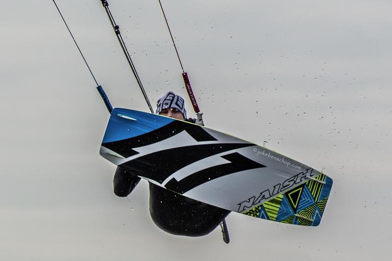 Kitesurfer fotograferen in de lucht