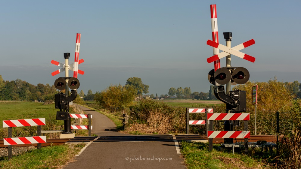 Spoorwegovergang achter Fort Wiericke Schans Bodegraven-Reeuwijk