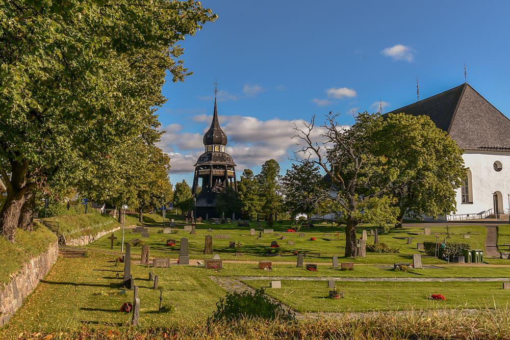 Kerk en Klokkentoren in Ljusdal Zweden