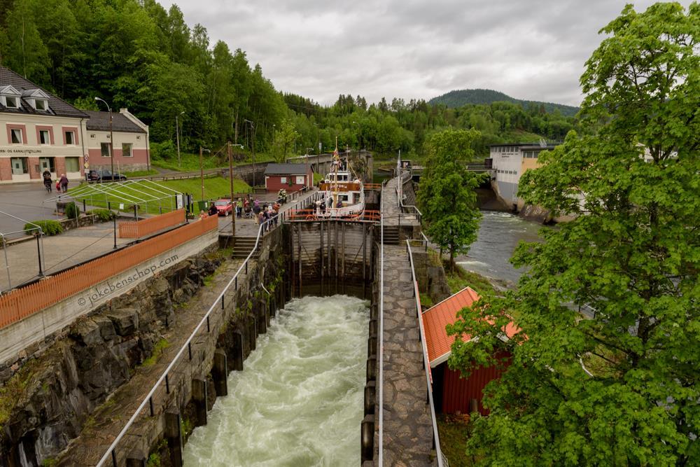 Sluizen bij Ulefoss Noorwegen