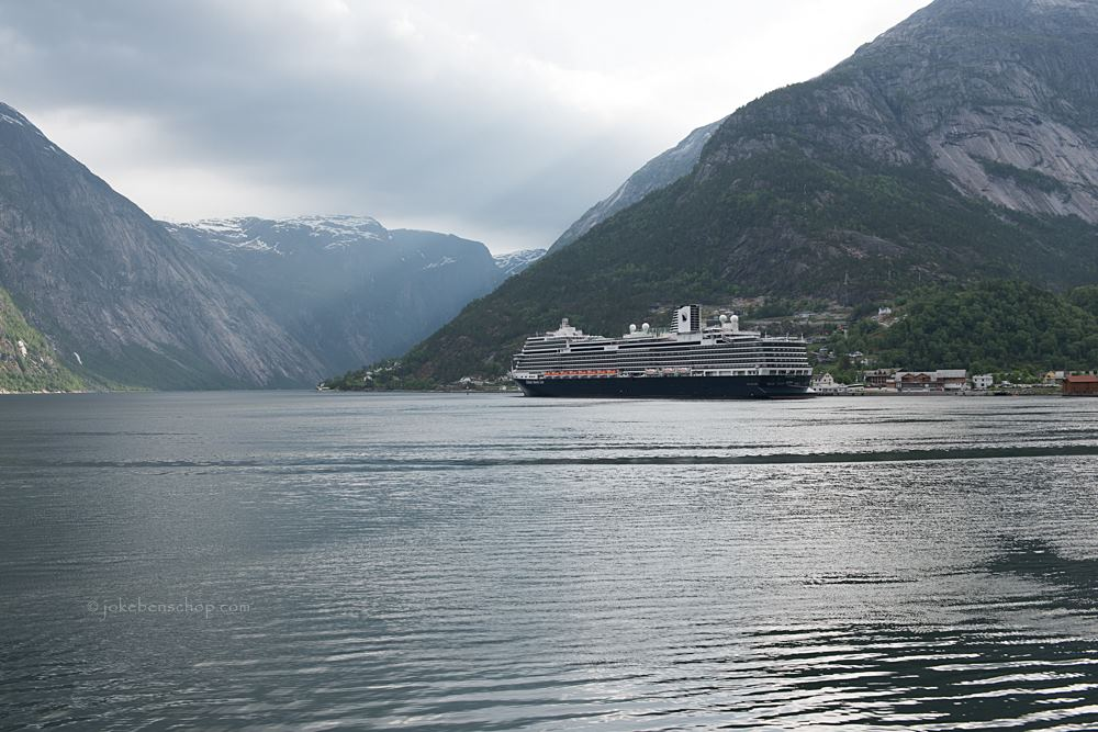 ms Koningsdam in Eidfjord Norway