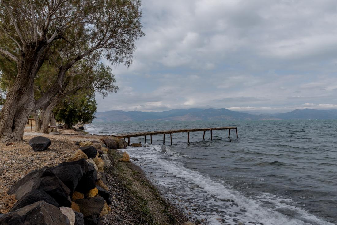 Dreigende lucht en opstekende wind Lesbos Greece